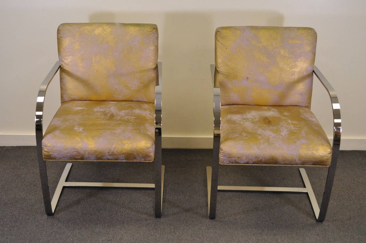 pair of cy mann flatbar chrome brno style chairs after knoll mies van der rohe for sale at 1stdibs. Black Bedroom Furniture Sets. Home Design Ideas