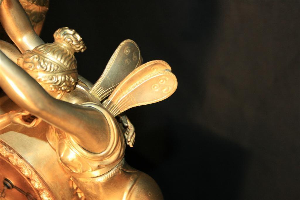 19th Century French Empire Gilt Dore Bronze Figural Amour & Psyche Mantel Clock For Sale 3