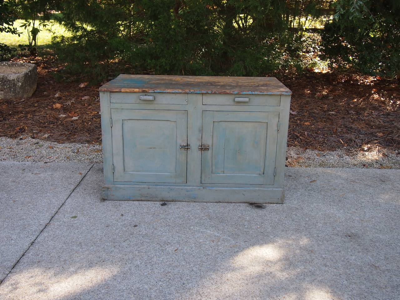 Wood 18th Century French Painted Kitchen Cabinet For Sale