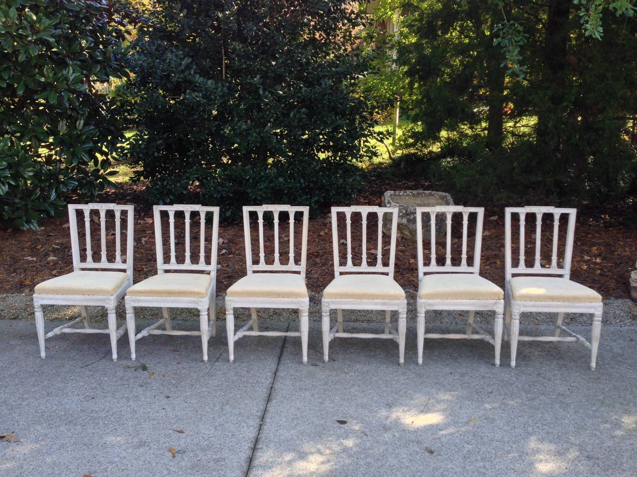Set of Six Swedish Gustavian Dining Chairs For Sale 5