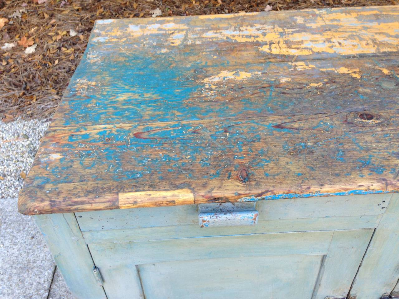 18th Century French Painted Kitchen Cabinet For Sale 5