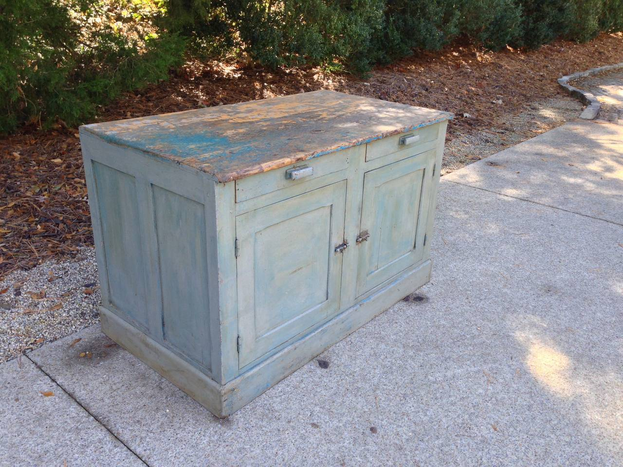 18th Century French Painted Kitchen Cabinet For Sale 6