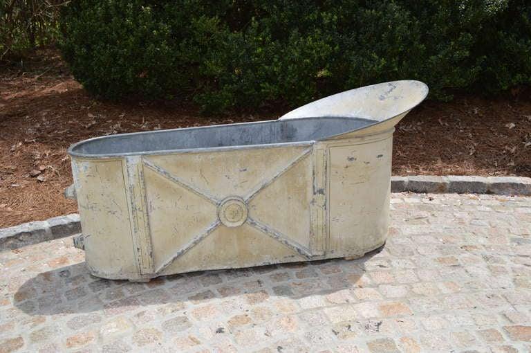 19th Century French Zinc Bathtub 4