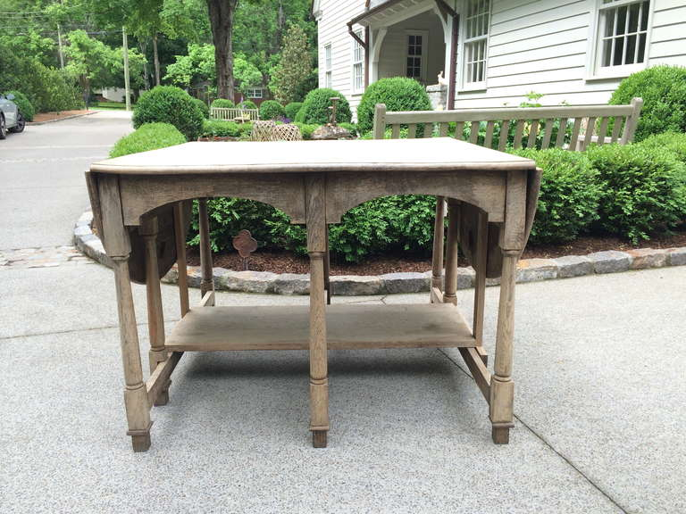 19th Century French Bleached Oak Drop Leaf Gate-Leg Dining Table 10