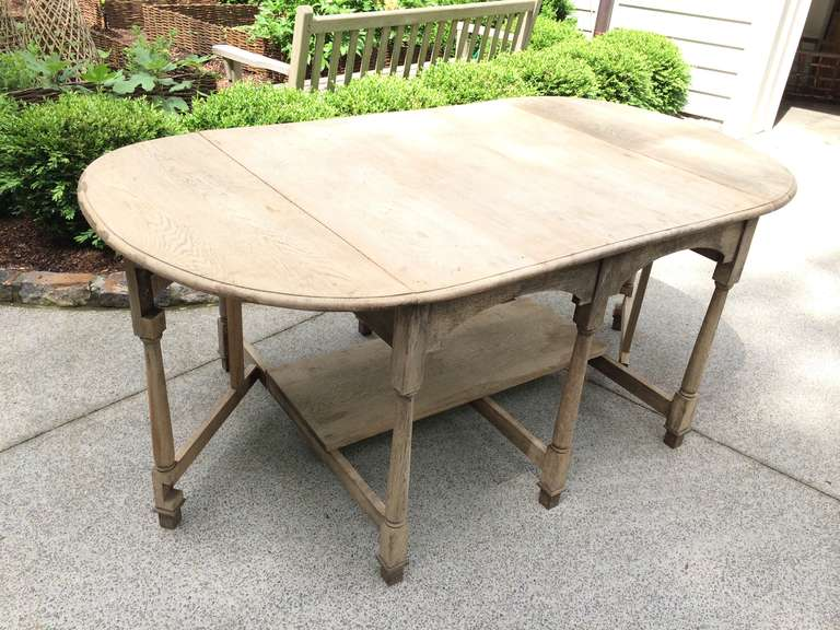 19th Century French Bleached Oak Drop Leaf Gate-Leg Dining Table For Sale 6