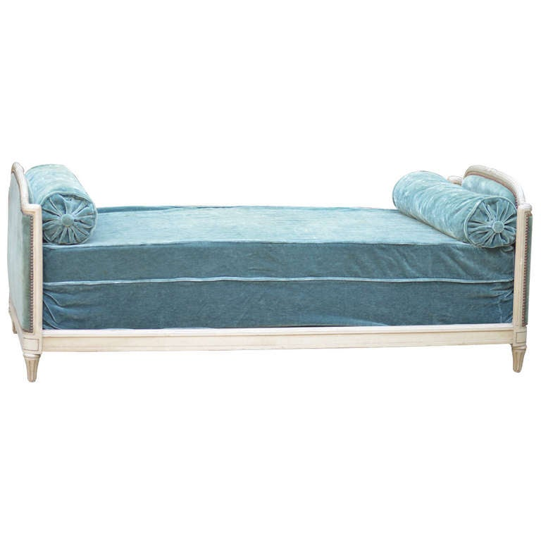 1939 Bon Marche Mohair Vevet Daybed with Original Tags For Sale