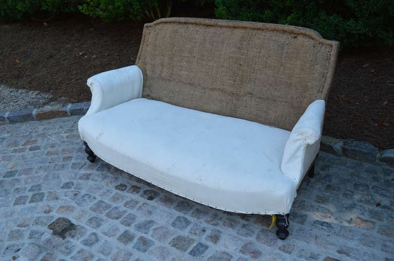 19th C French Settee In Good Condition For Sale In Nashville, TN
