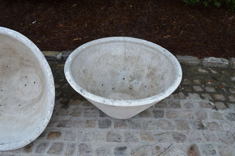 Revival c. 1920 Set of Four Large French Concrete Planters For Sale