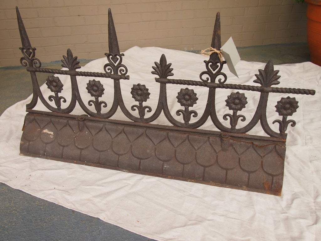 19th century french iron roof ridge for sale at 1stdibs for Paris building supply paris tn