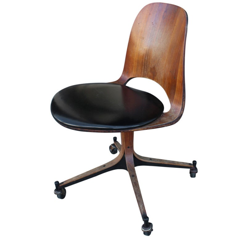 Vintage plycraft desk chair at 1stdibs for Antique office chair