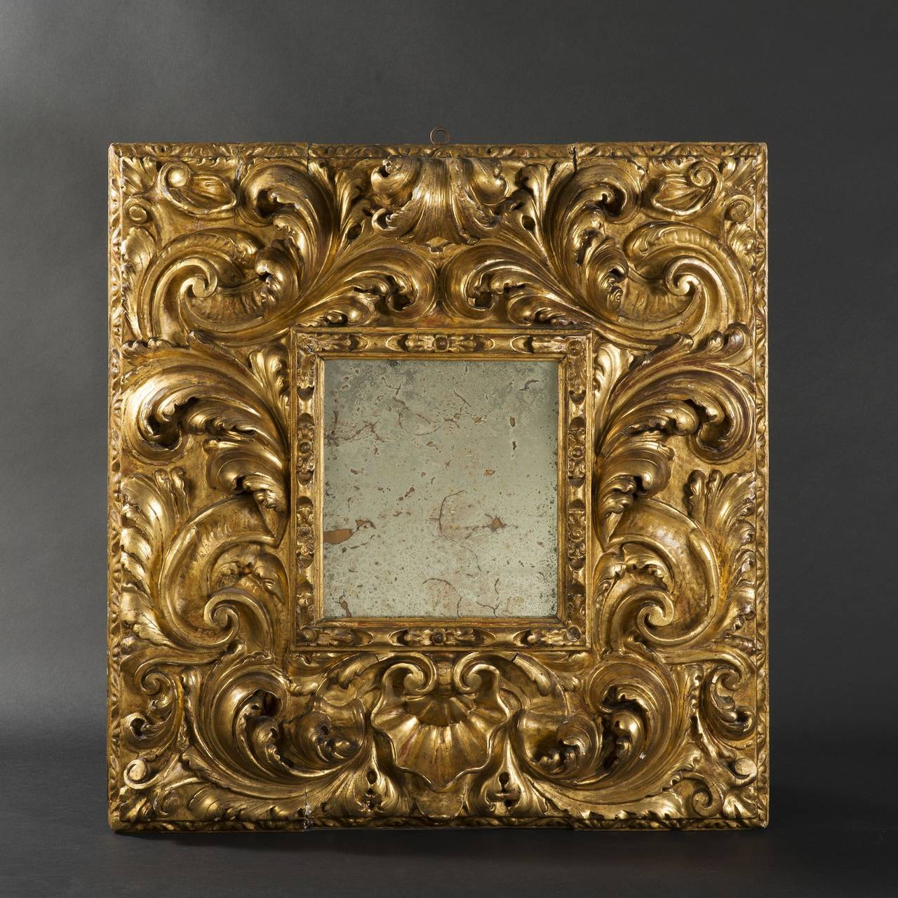 Impressive giltwood mirror spain 17th century at 1stdibs for 17th century mirrors