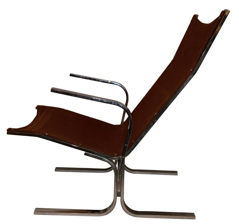 Ingmar Relling (1920-2002), pair of Armchairs, Sweden,  West Nova Edition, Circa 1970, metal and tissue. Height: 92 cm, Seat height: 73 cm, Width: 62 cm, Depth: 52 cm, Length: 92 cm.