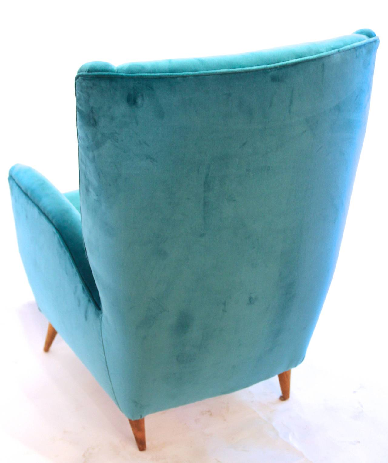 Pair of Armchairs by Gio Ponti, Textile and Wood Feet, circa 1950, Italy 4