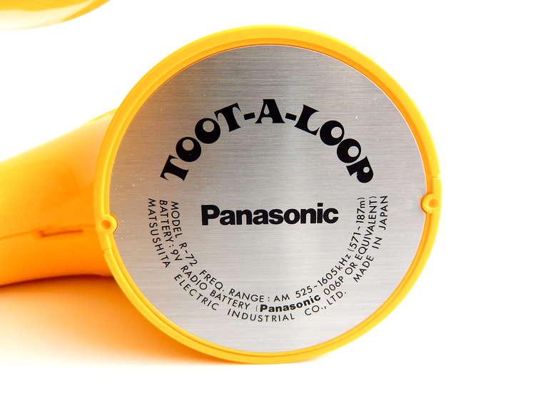 Panasonic Toot-A-Loop Transistor Radio, ca. 1969 image 6