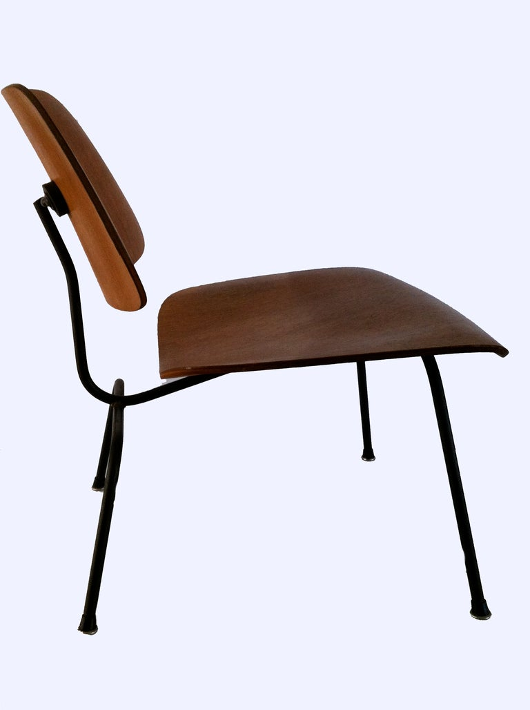 original condition eames lcm chair in comb oak at 1stdibs