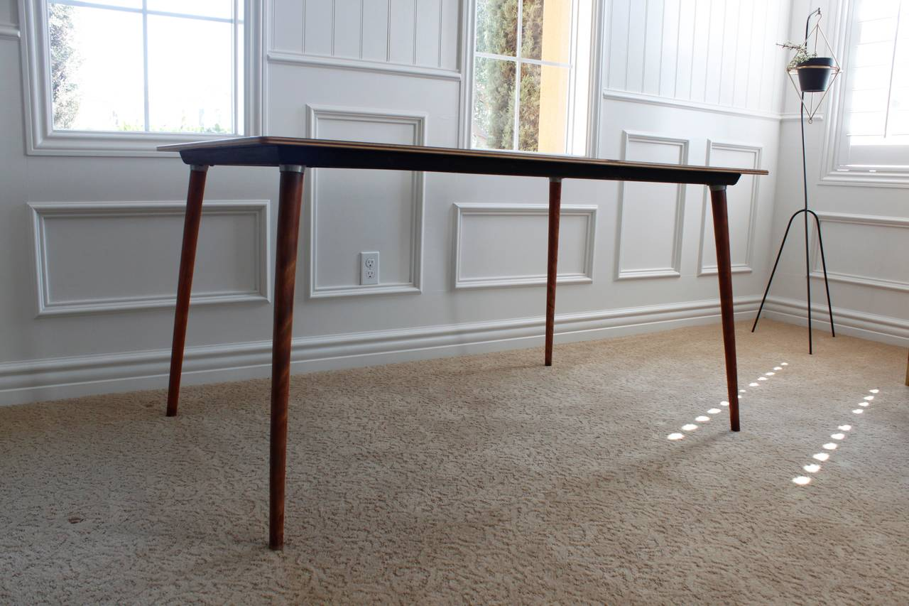 Charles Eames Herman Miller DTW-3 Walnut Plywood Dining Table In Good Condition For Sale In San Diego, CA