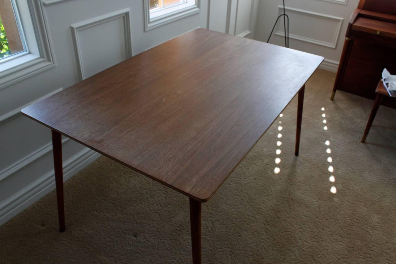 charles eames herman miller dtw 3 walnut plywood dining table for sale at 1stdibs. Black Bedroom Furniture Sets. Home Design Ideas