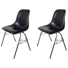 Mid-Century Eames style Black Shell Chairs Set