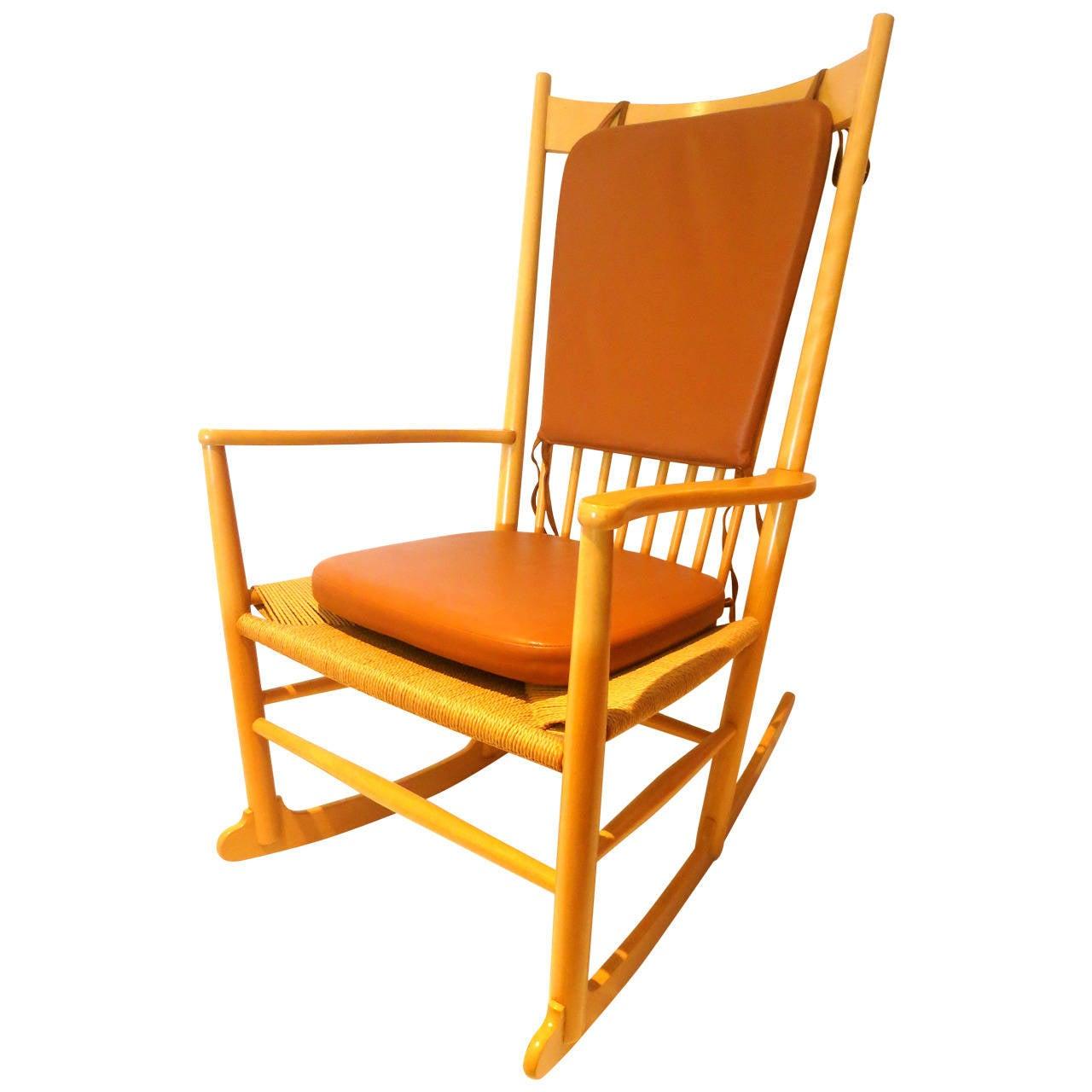 danish modern hans wegner rope seat and leather pads j16 rocker chair at 1stdibs. Black Bedroom Furniture Sets. Home Design Ideas