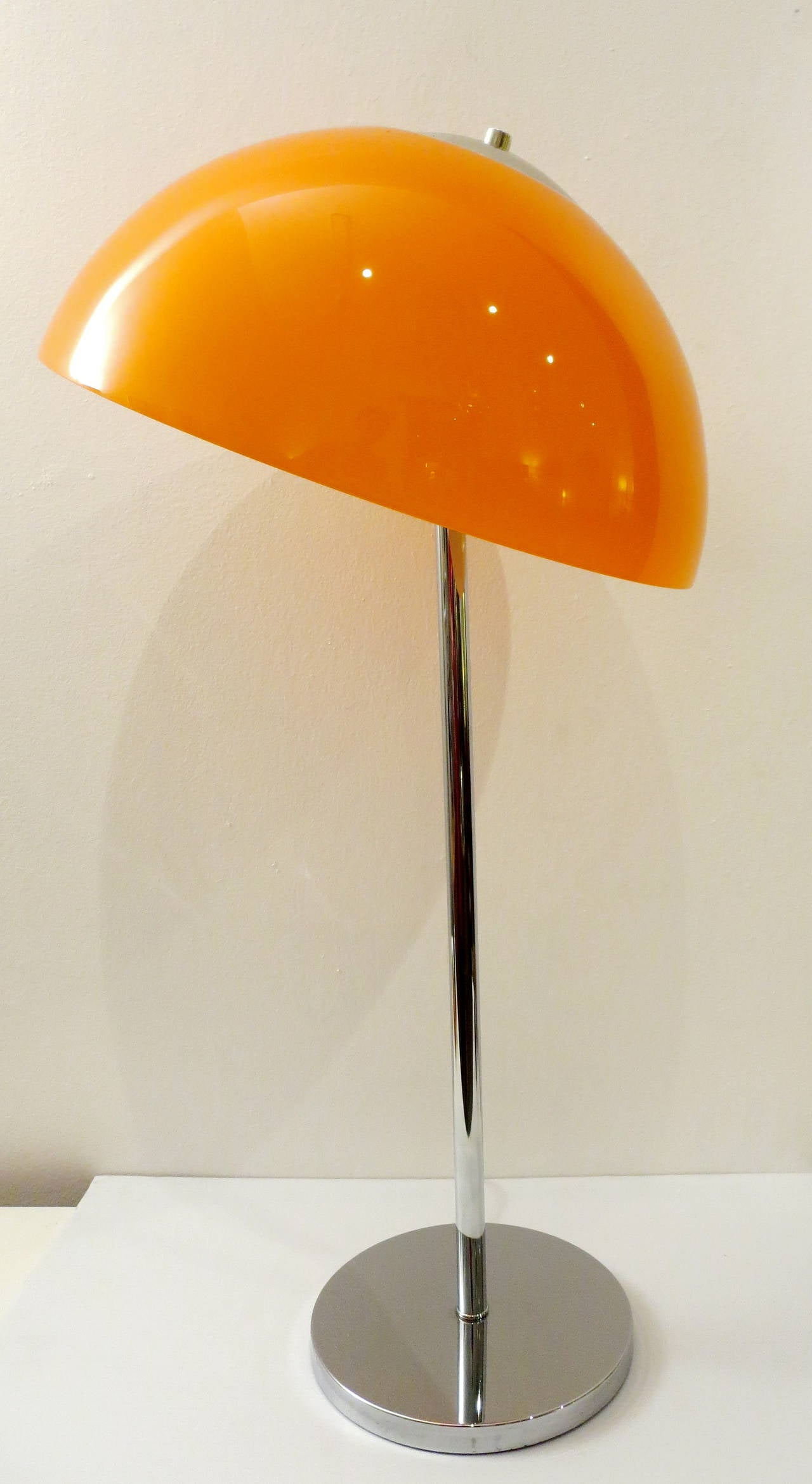 Charming Striking Scandinavian Chrome Lamp , With Triple Socket And Movable Pivot  Head, Design In The Pictures Gallery