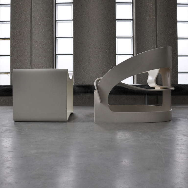 Joe Colombo's Plywood 4801 Lounge Chair for Kartell with Ottomann 3