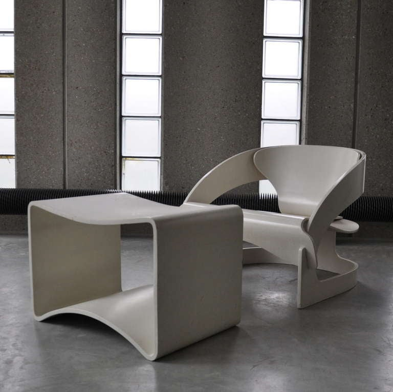 Joe Colombo's Plywood 4801 Lounge Chair for Kartell with Ottomann 4