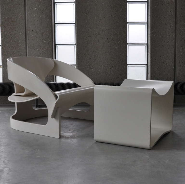 Joe Colombo's Plywood 4801 Lounge Chair for Kartell with Ottomann 6