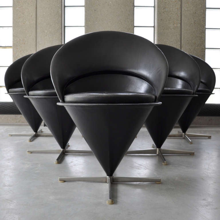 six cone chairs in original black leather 1st edition by verner panton for sale at 1stdibs. Black Bedroom Furniture Sets. Home Design Ideas