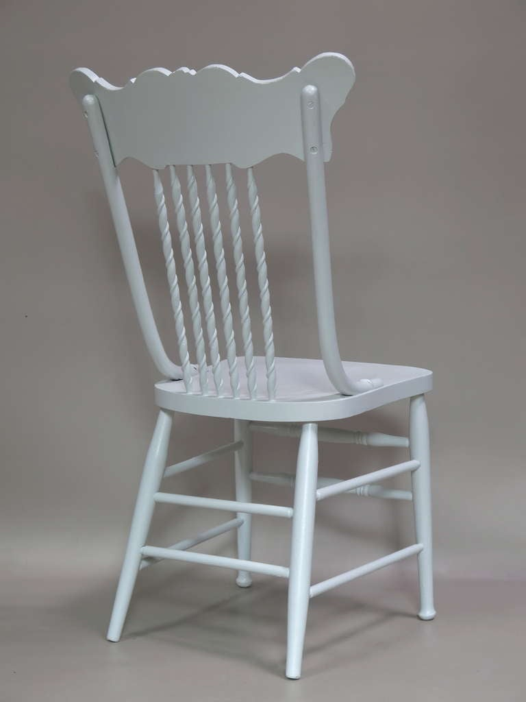 20th Century Set of 6 Dining Chairs - France, Circa 1920s For Sale