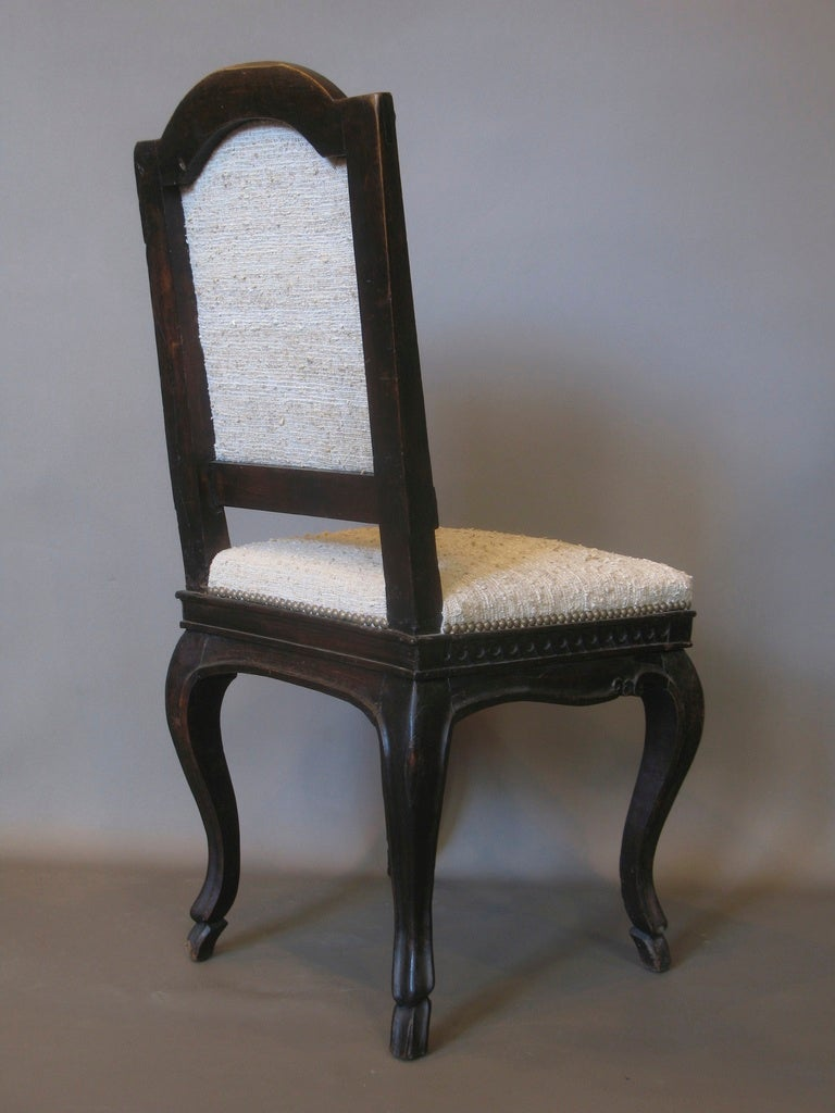 french louis xv carved side chair for sale at 1stdibs. Black Bedroom Furniture Sets. Home Design Ideas