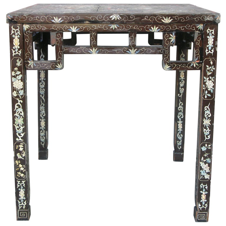 Antique lacquered chinese mahjong table at 1stdibs for Antique chinese tables for sale