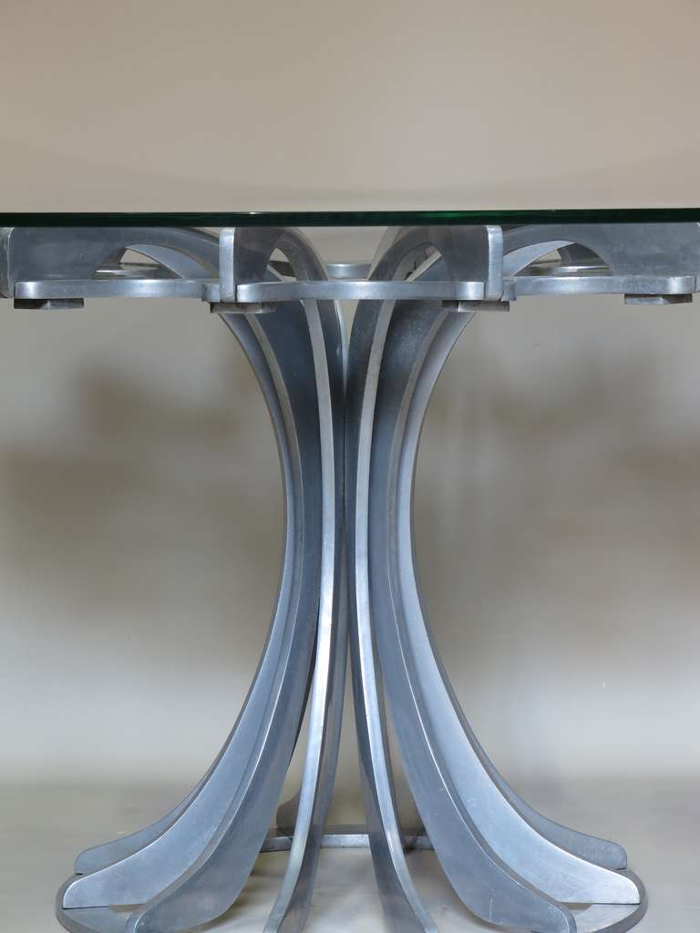 Round and Glass Table For Sale 1
