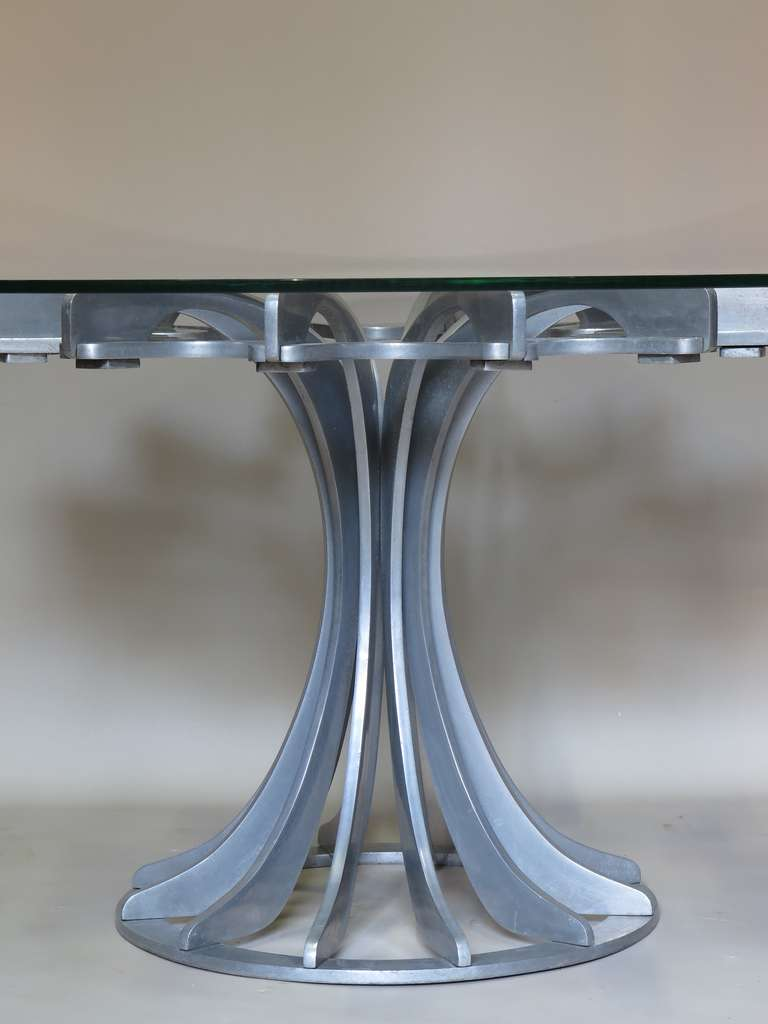 Late 20th Century Round and Glass Table For Sale