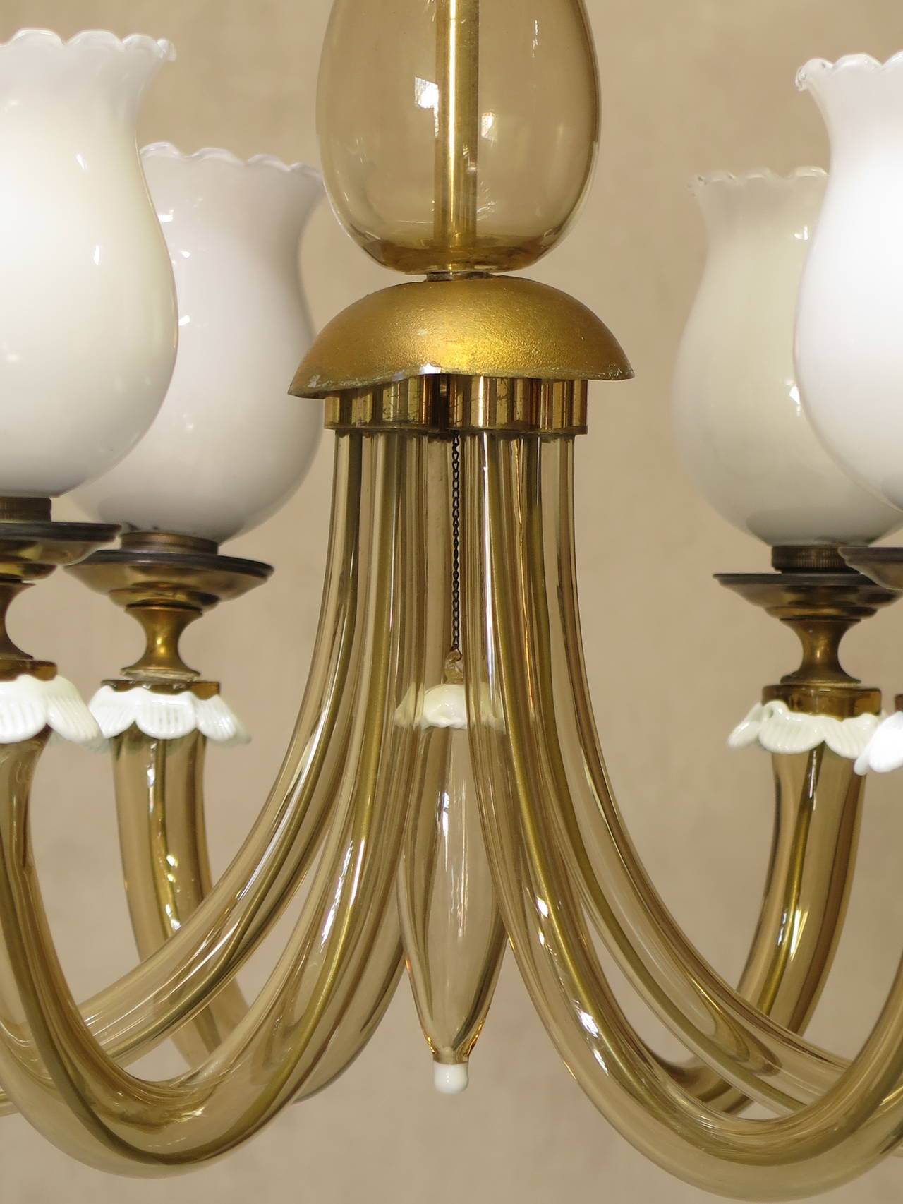 Amber and Milk Glass Murano Chandelier 1940s For Sale at