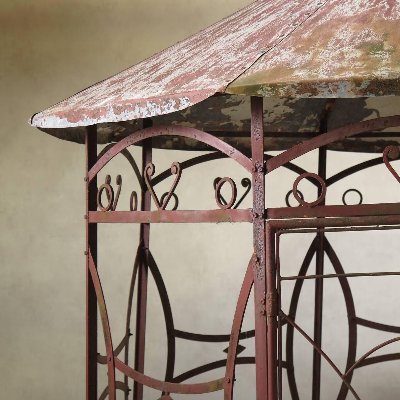 wrought iron art deco pergola france 1920s at 1stdibs. Black Bedroom Furniture Sets. Home Design Ideas