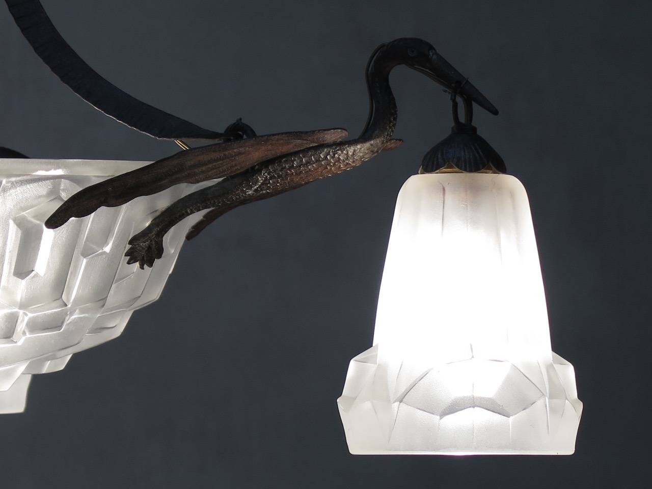Art Deco Chandelier by Degue, France, 1930s In Excellent Condition For Sale In Isle Sur La Sorgue, Vaucluse