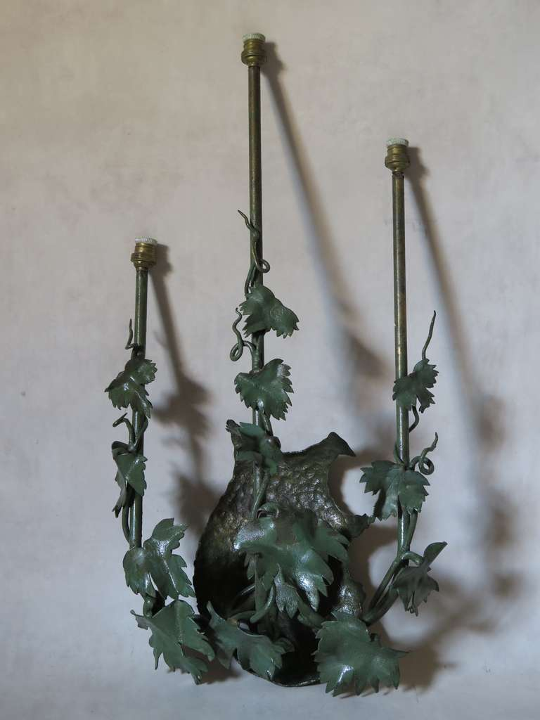 Wall Sconces With Vines : Pair of Painted Tole Vine Leaf Sconces For Sale at 1stdibs