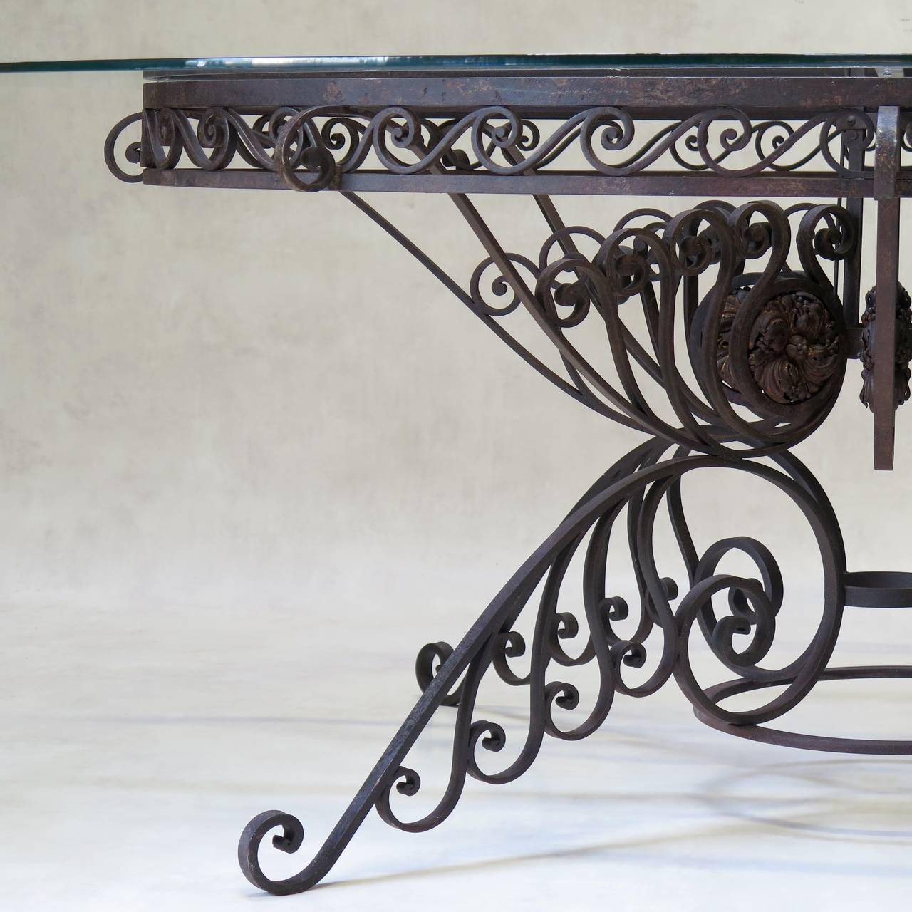 Spectacular Oval Wrought Iron Art Deco Dining Table, France, 1930s For Sale 2