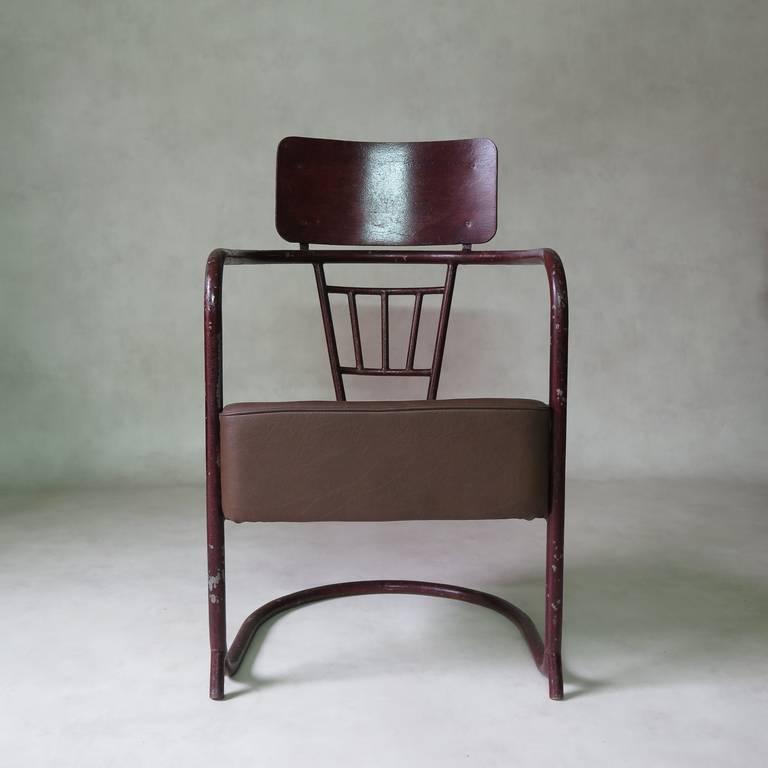 French Unusual Bauhaus Tubular Metal Chair, France, 1930s For Sale