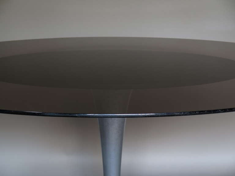 Chrome and Glass Oval Dining Table, France 1950-1960 In Good Condition For Sale In Isle Sur La Sorgue, Vaucluse