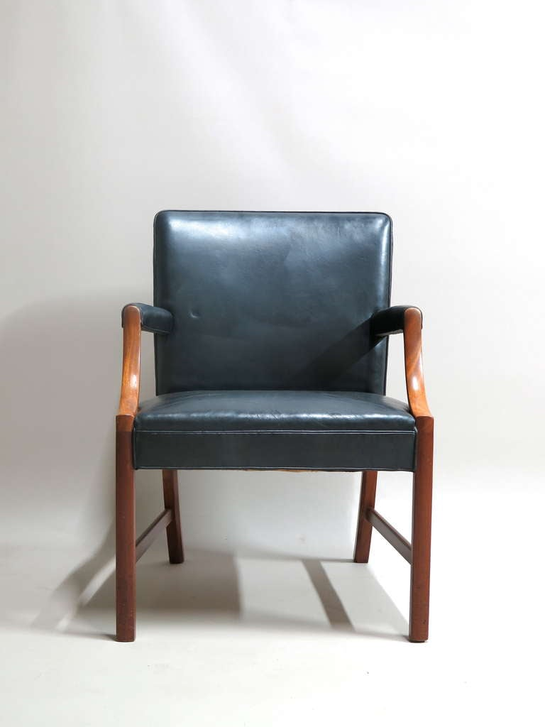 Danish Pair of Armchairs by Ole Wanscher - Denmark, 1940s For Sale