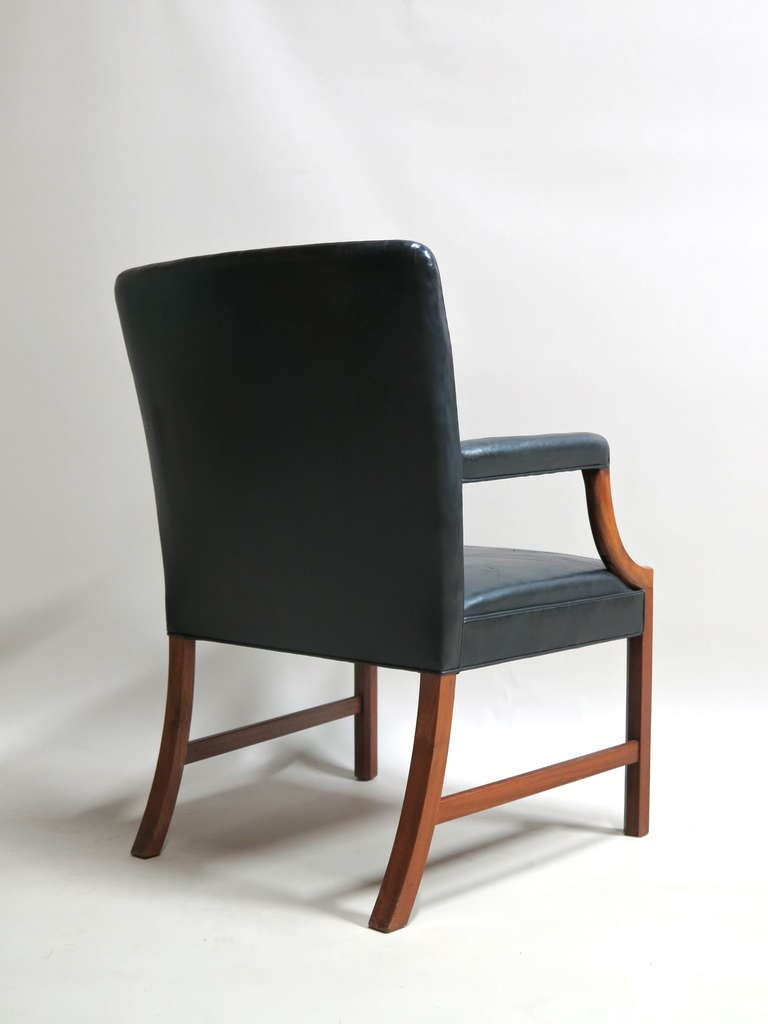 Pair of Armchairs by Ole Wanscher - Denmark, 1940s In Excellent Condition For Sale In Isle Sur La Sorgue, Vaucluse
