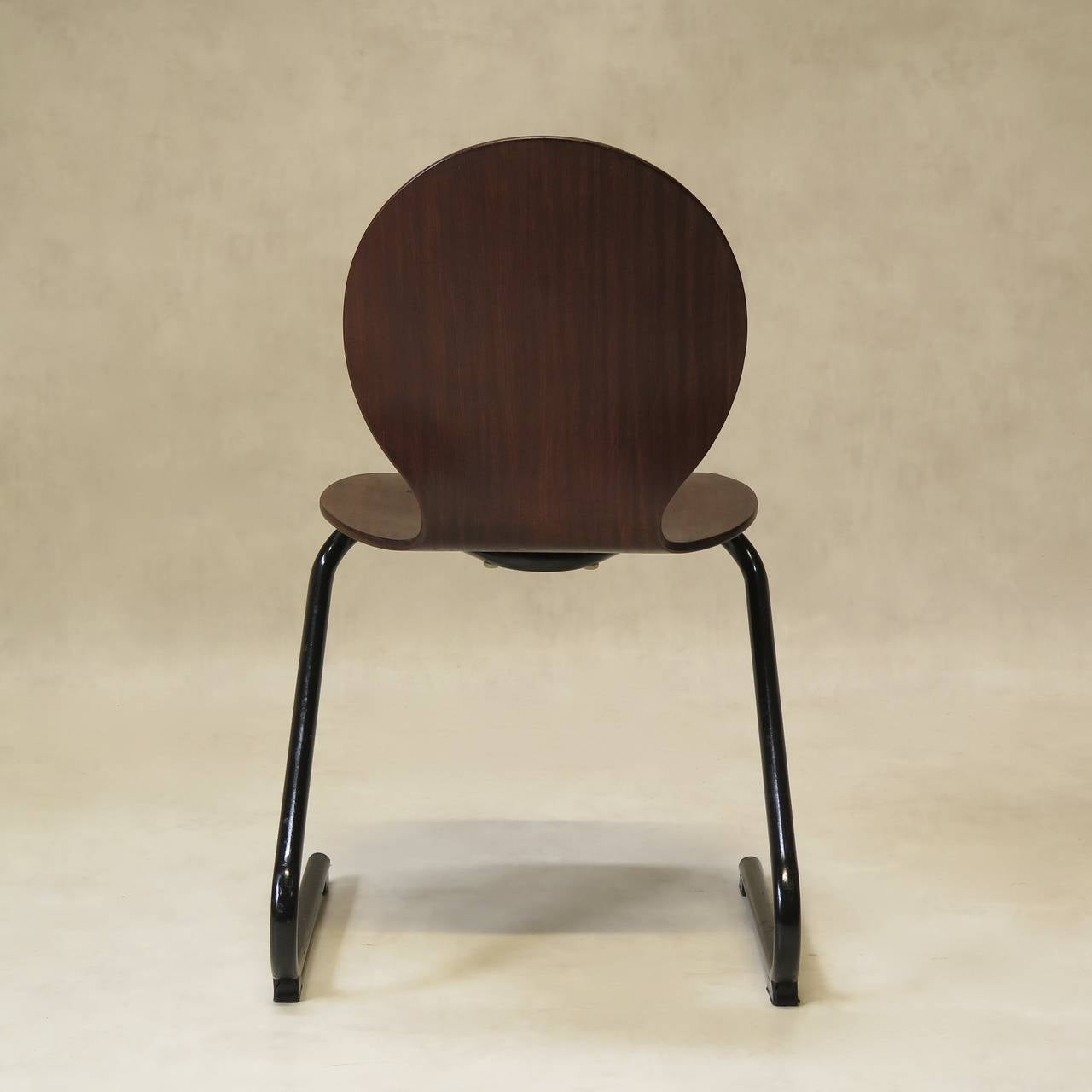 Mid-20th Century Four Mid-Century Plywood and Metal Cantilever Spring Chairs