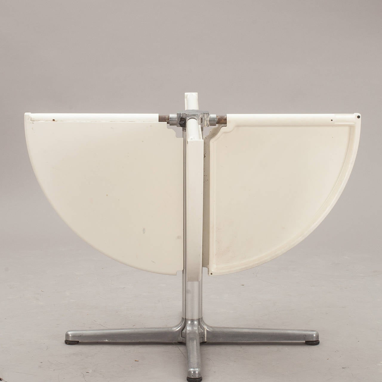 items similar to giancarlo piretti plana folding table by castelli