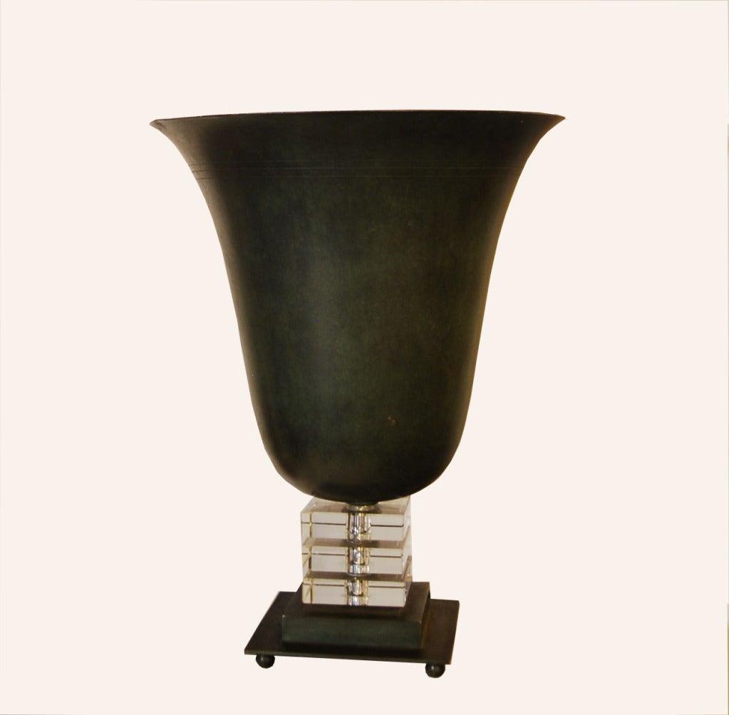 art deco table lamp for sale at 1stdibs. Black Bedroom Furniture Sets. Home Design Ideas