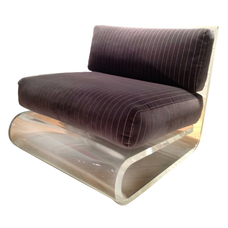 An exceptional Acrylic Lounge Chair by Gary Gutterman 1