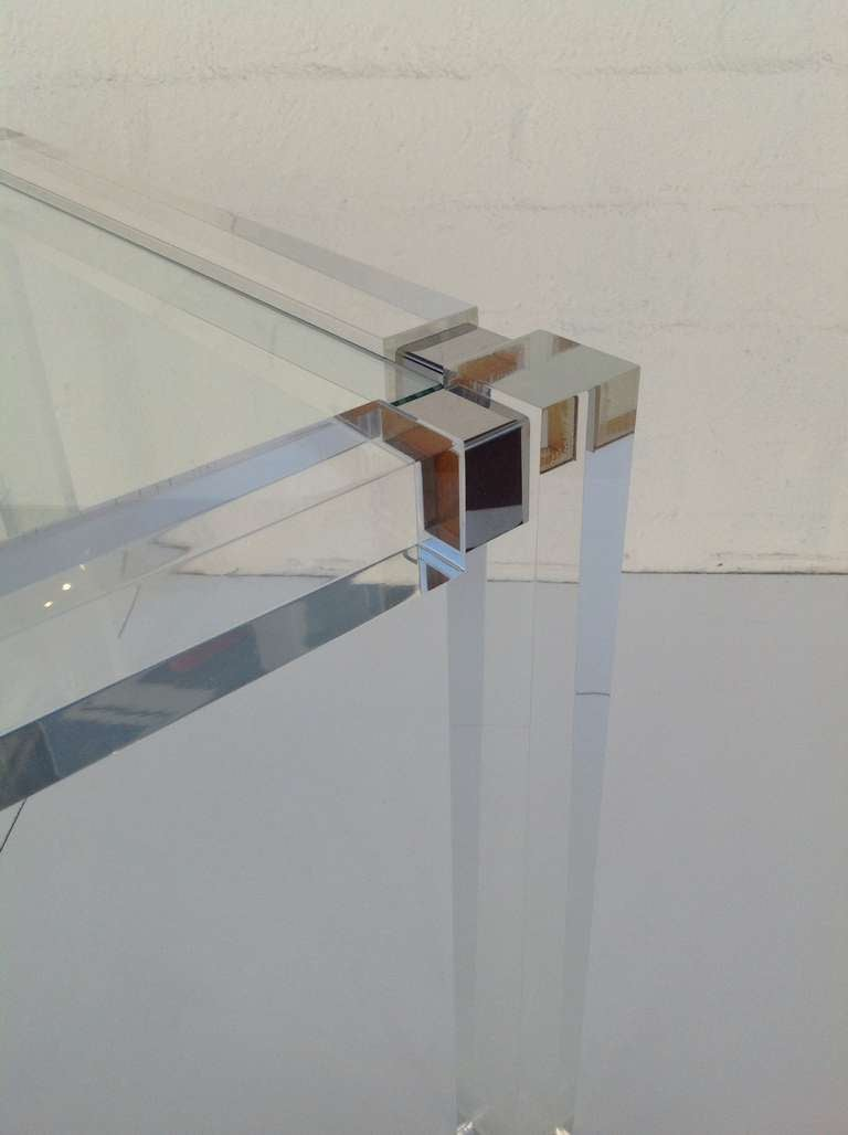 1960s Acrylic & Glass Side Table designed by Charles Hollis Jones In Excellent Condition For Sale In Palm Springs, CA