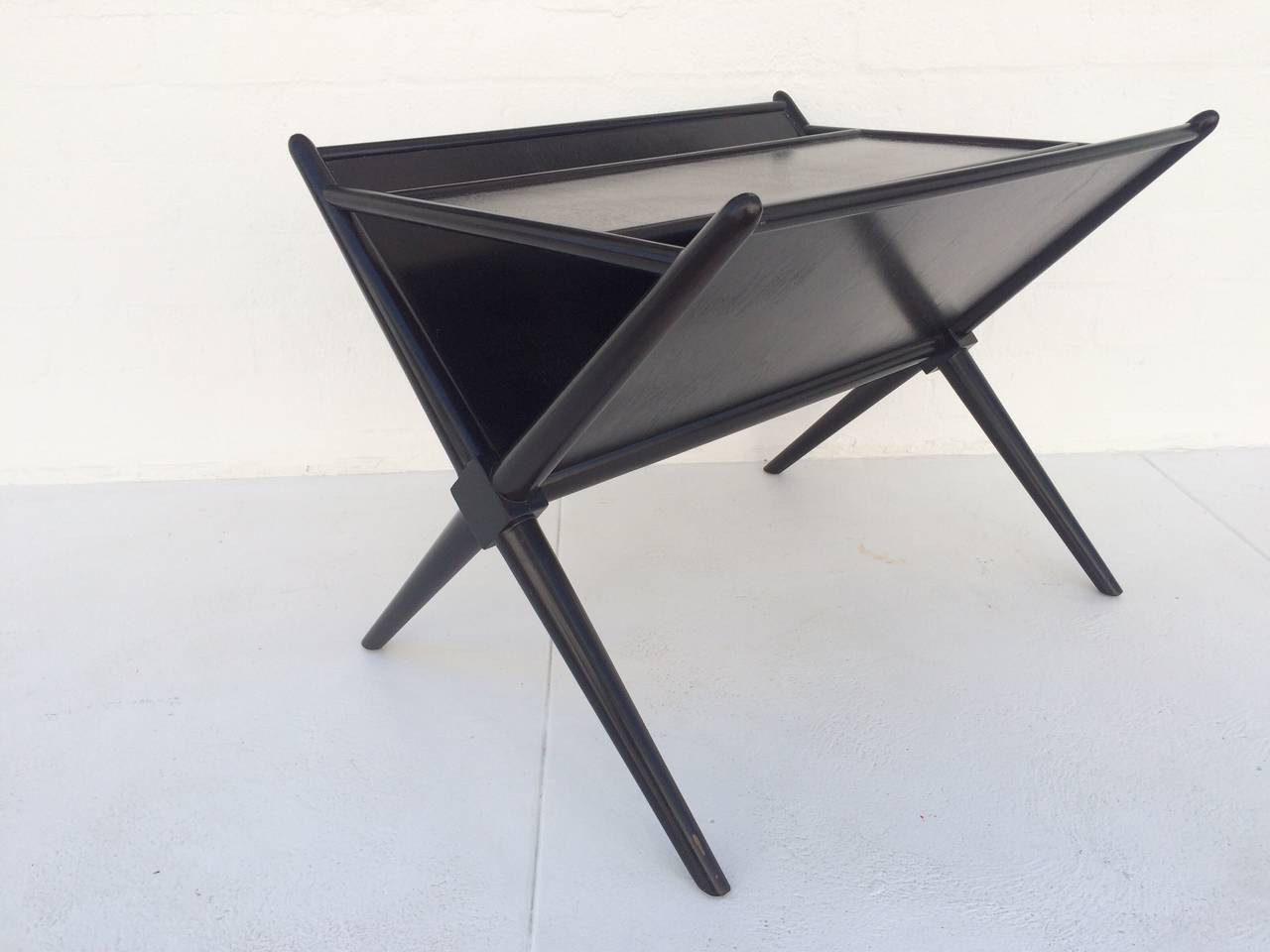 Black Lacquered Walnut Magazine Table by T.H. Robsjohn-Gibbings 4