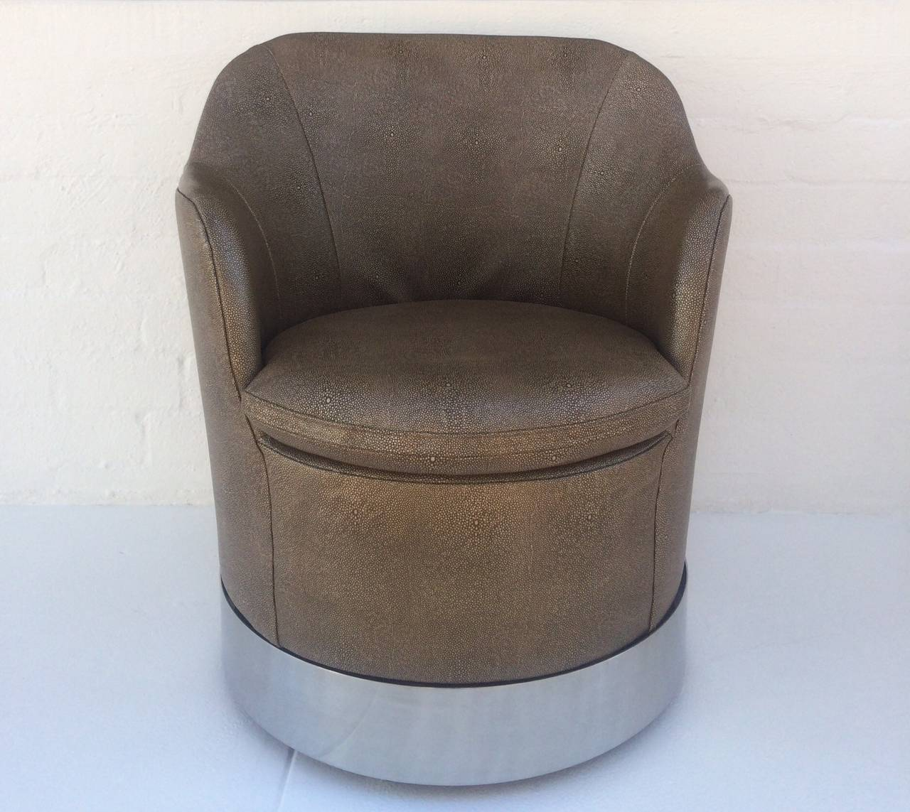 Mid-20th Century Swivel Lounge Chairs Designed by Phillip Enfield For Sale