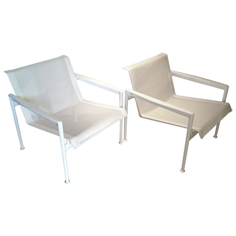 A Pair Of Vintage Richard Schultz 1966 Lounge Chairs For Knoll 1